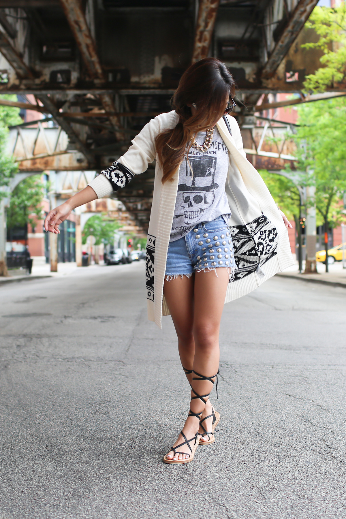 studded_shorts_laceup_sandals-2