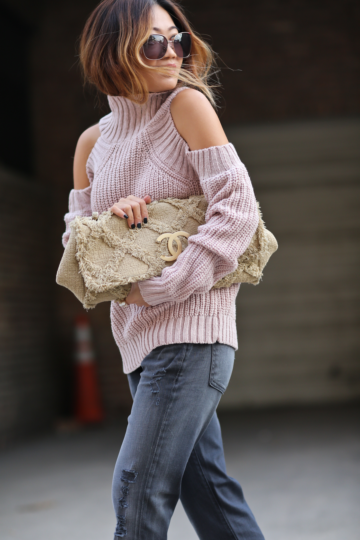 shoulder_sweater-11